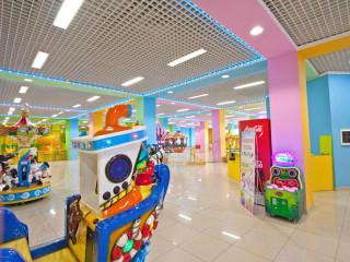 100х100 в детской зоне торгового центра