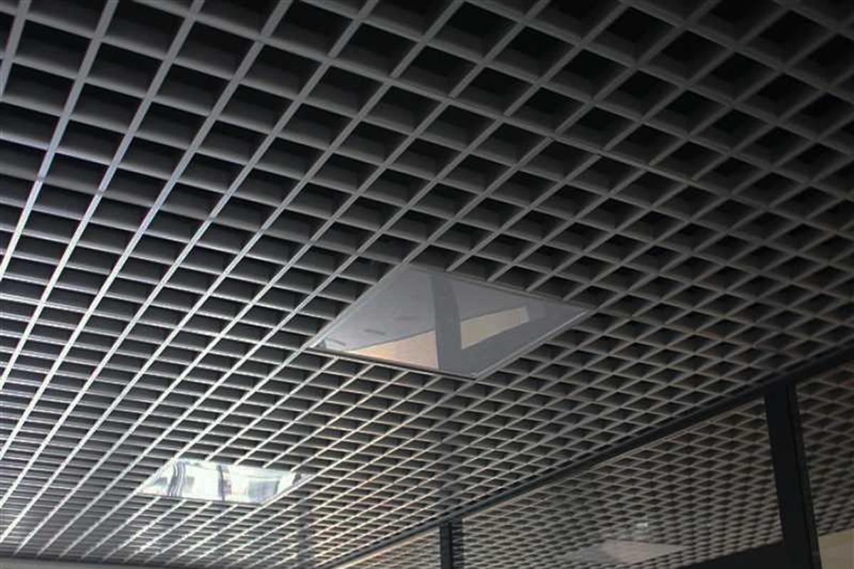 Грильято 100x100 металлик матовый