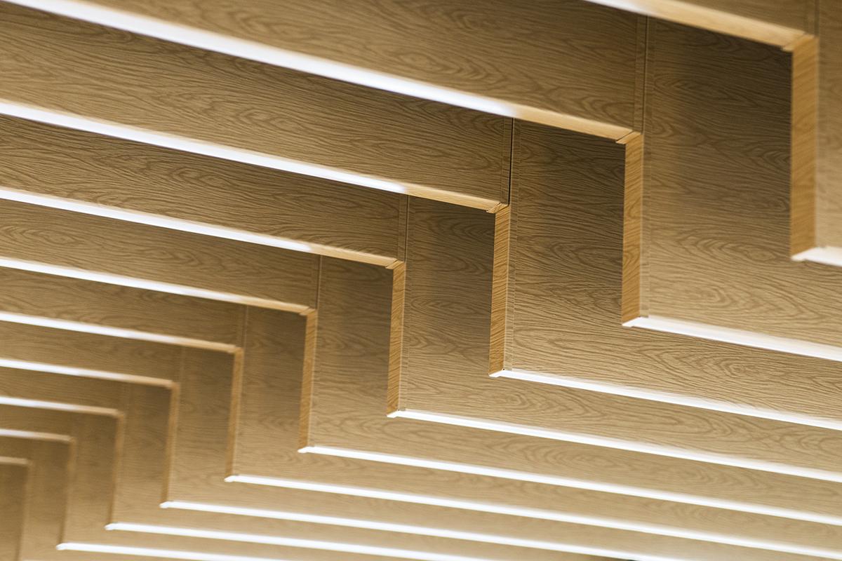Кубообразный реечный потолок 100x30x100 Дуб Селект
